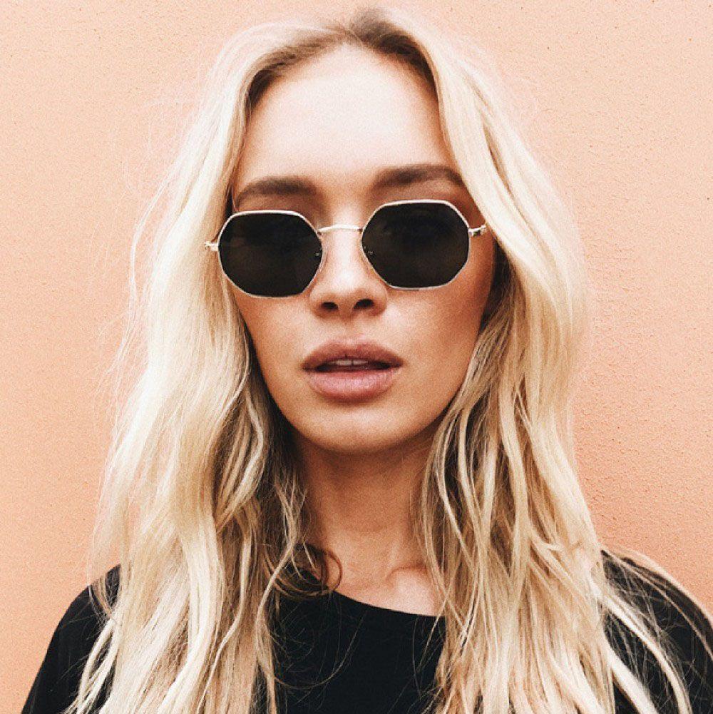 15e622fdcd Compre Gafas De Sol Transparentes De Moda 2017 Lente Plana Señoras Gafas De  Sol Marca Cuadrada Diseñador Oro Tonos Oscuros Lux Gafas De Sol Hombres  UV400 A ...
