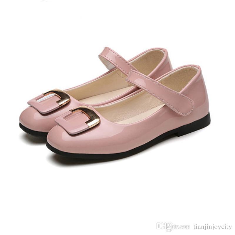 670947fb3165e Acheter Mode Princesse Chaussures Filles En Cuir PU Chaussures De Danse En  Métal Boucle Carrée Bout Rond Bateau Chaussures École Baskets Fille De   19.29 Du ...