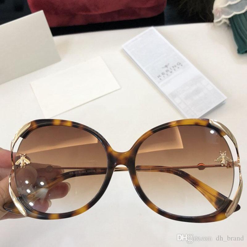 Compre Borboleta Óculos De Sol Das Mulheres Arco Forma Moldura Completa  Espelho Óculos De Sol Com Caixa De Embalagem Do Sexo Feminino Óculos De Sol  UV400 ... 57a501e856