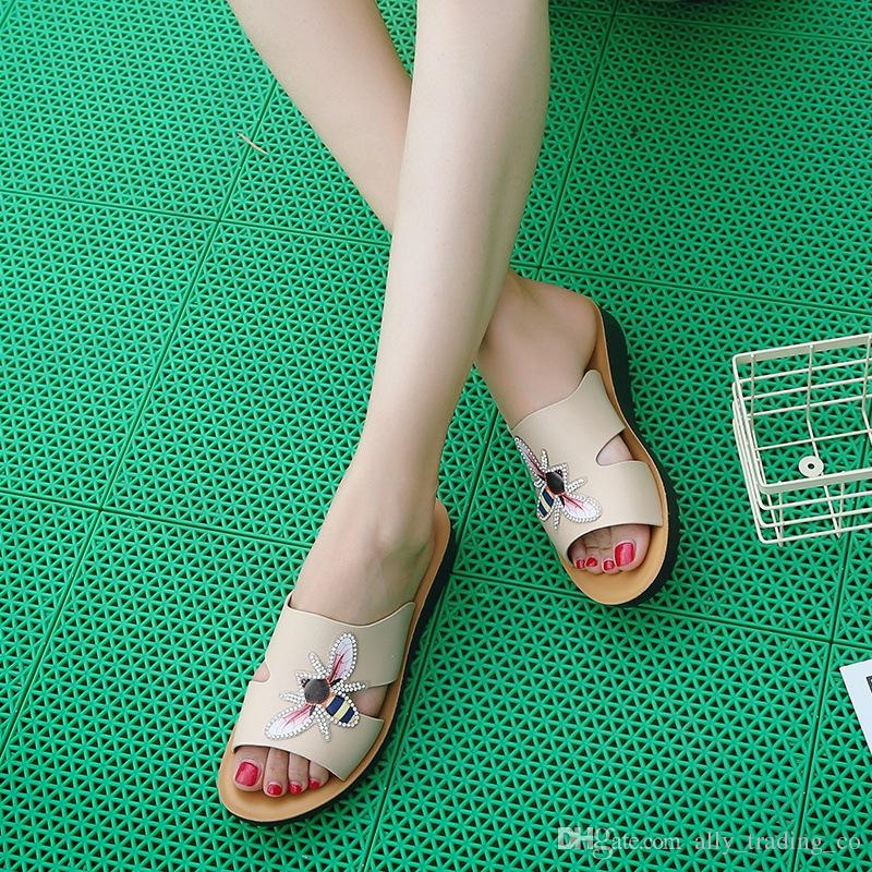 91a60219f86 2018 summer new Korean female sandals flat non-slip open toe tide butterfly  rhinestone sandals and slippers fashion casual beach shoes