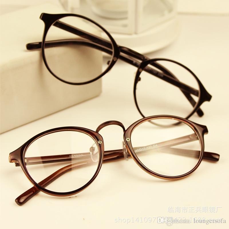 de0b0bf140c 2019 Men And Women Luxury Fashion Glasses Outdoors Retro New Frame Eyewear  College Style Eyeglasses Excellent Qualtiy 5 5bz Ww From Loungersofa