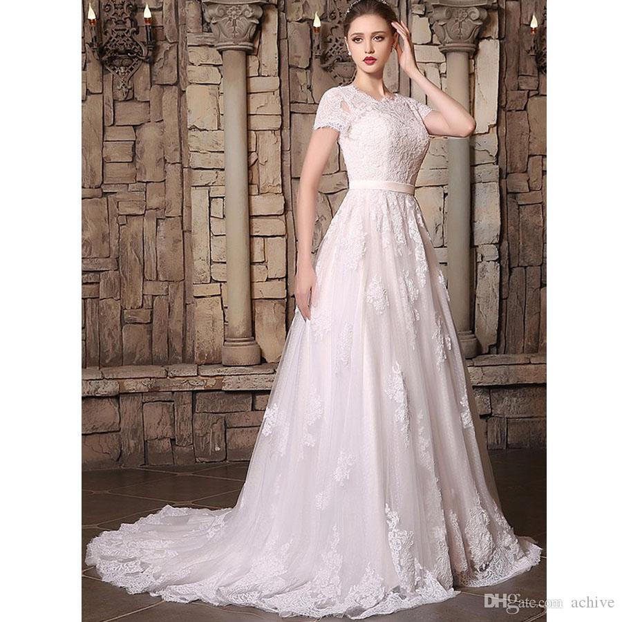 Vintage elegante del merletto Abiti da sposa Sash con bottoni maniche corte del telaio da cerimonia nuziale 2020 una linea sexy nuziale vestiti su ordine