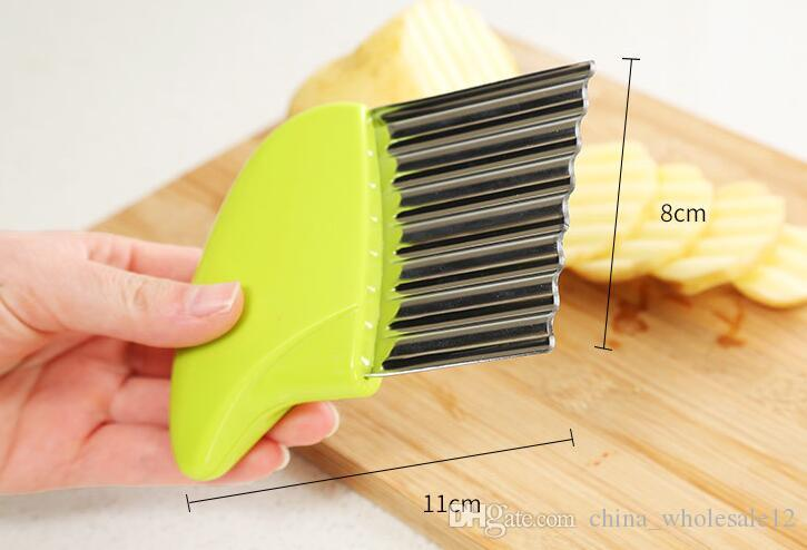 Factory Direct Kitchen Vegetable Tools Stainless Steel Vegetable Wave Chopper Potato Cutter Knife