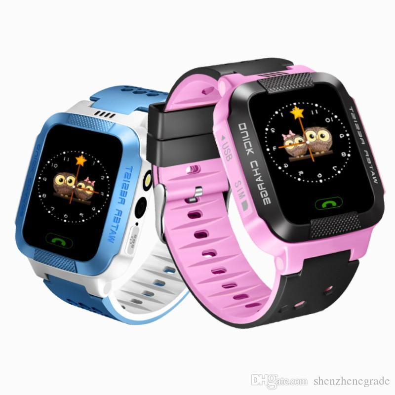 Mode-touch-screen intelligente uhr Y21 gps spur große taste sos notfall telefon kinder smart watch