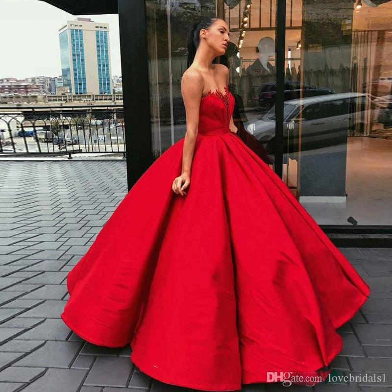 93ffddd4941 Gorgeous Red Ball Gown Prom Dresses With Sweetheart Sleeveless Lace  Appliques Pageant Gown Satin Floor Length Plus Size Inexpensive Prom Dresses  Lace Gowns ...