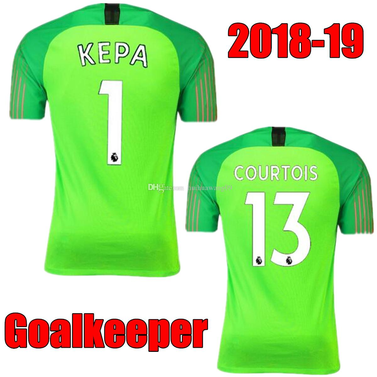 94912c5b2b Compre 2018 2019 O Azul Verde Fluorescente   1 Kepa Arrizabalaga 13 Camisas  De Futebol De Goleiro De Caballero Camisas Camisas De Futebol De Jersey De  ...