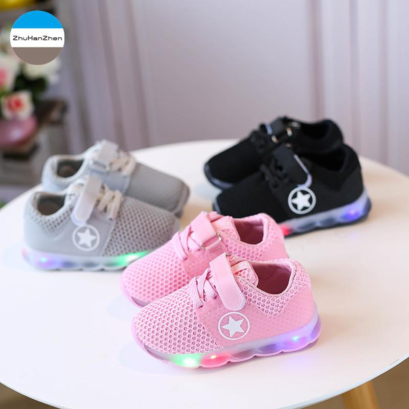 2465370c0bd9b8 2019 2018 LED Light Up Baby Shoes Boys And Girls Soft Bottom Shoes Glowing  Infant Sneakers Newborn Toddler First Walk Fashion From Vanilla14