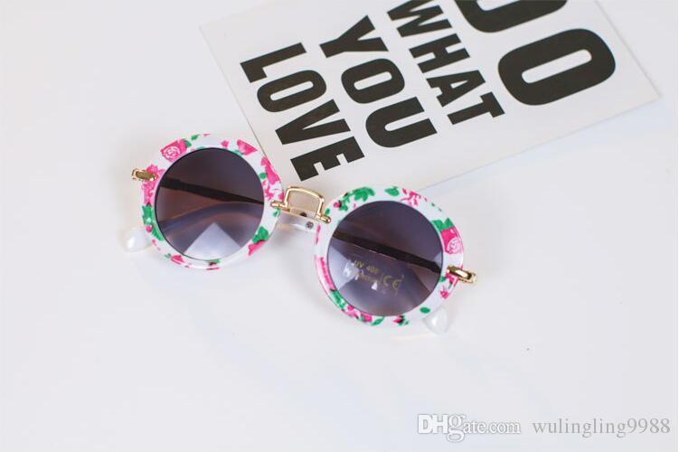 Óculos de Sol para Crianças Rodada Do Vintage Óculos de Sol Das Meninas Dos Meninos Designer Adumbral Moda Crianças Óculos de Sol Óculos de Sol da Praia do Verão 30 par