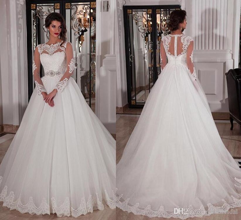 Lange Ärmel Günstige Brautkleider Elfenbein Dubai Afrikanische Brautkleider Mit Jewel Neck Covered Button Kristallgürtel Sweep Zug