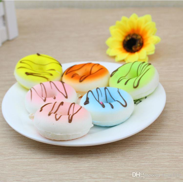 New hot sale PU Emulation cake Dessert PU Doughnut model 5cm Slow rebound Doughnut Photographic props T4H0512