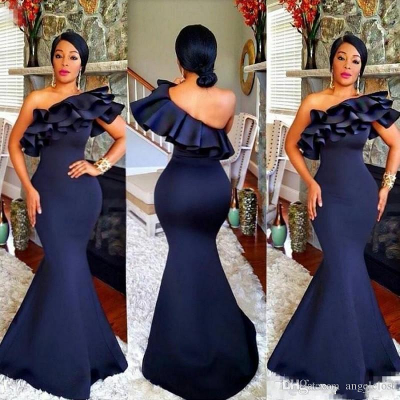 2019 Navy Blue Mermaid Bridesmaid Dresses One Shoulder Ruffles Backless Floor Length Wedding Guest Formal Party Gowns Custom Made Plus Size