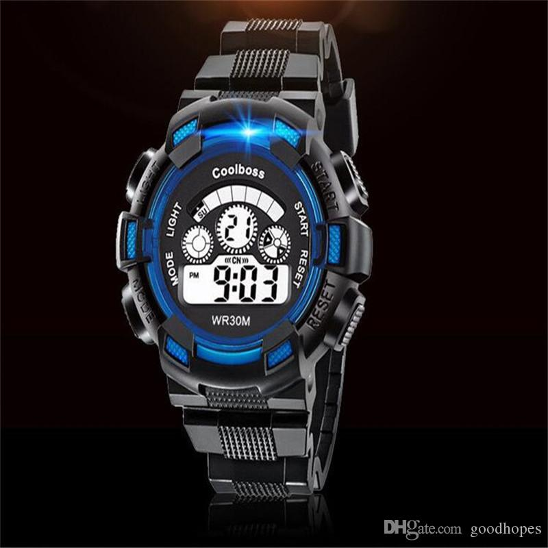 432dfdf09 Compre Moda Niños Digital Led Relojes Deportivos Multifunción Luminosa Reloj  Despertador Calendario Relojes De Pulsera Unisex Militar Reloj Impermeable  A ...