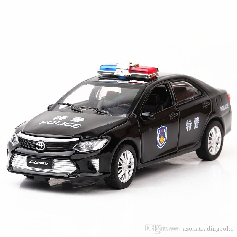 1 32 Scale Toyota Camry Police Car Diecast Alloy Model Pull Back
