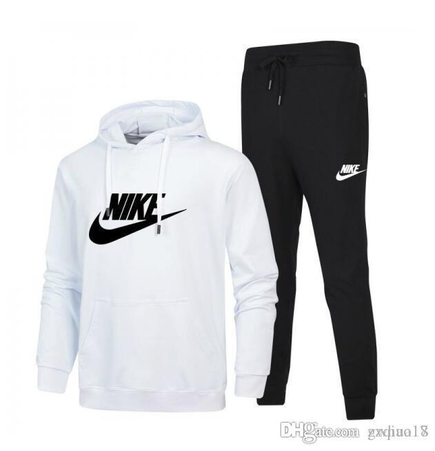Compre Nike 2018 Dos Homens Treino Homens Terno Do Esporte Branco Homens  Baratos Camisola E Calça Terno Moletom Com Capuz E Calça Conjunto Moletom  Homens ... ccd323fa41e8e