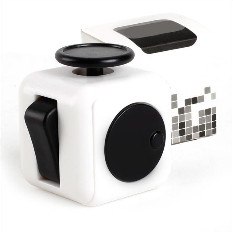 Newest Popular Decompression Toy Fidget cube the world's first American decompression anxiety Toys 12 Colors Fast Shipping Free DHL