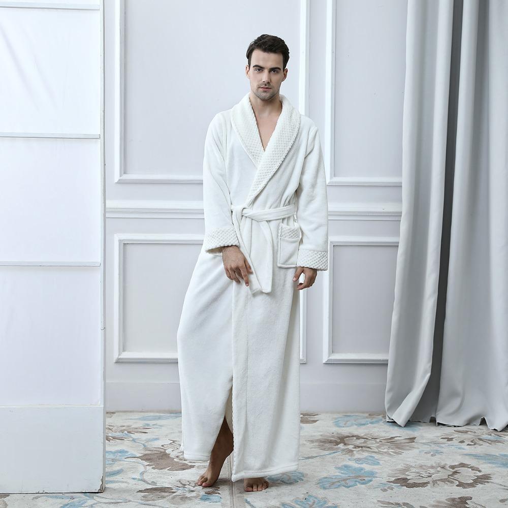 3665b2cd1bd8a0 NOVO Inverno Homens Roupão De Flanela Roupão de Banho Casal Robe Longo  Quente Para Casa Vestidos de Pijama Roupa Interior Plus Size Masculino  Frete ...