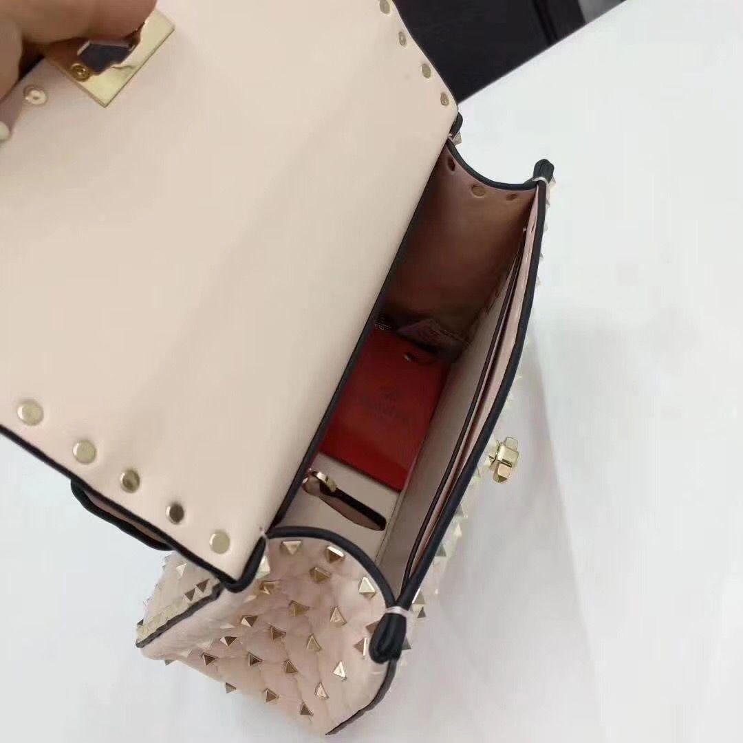 Classic 2018 Summer Fashion Flaps cadena bolso piel de oveja Studs remaches paquete diseñador bolsos hombro bolso de cuero