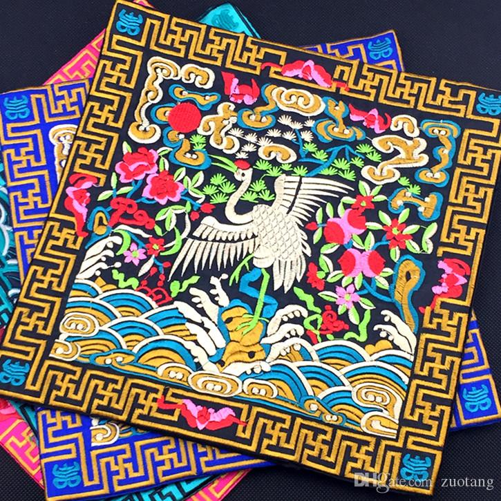 Creative Embroidery Crane Silk Cloth Decorative Placemats Dining Table plate Mat Chinese Ethnic Dinner Insulation Pad