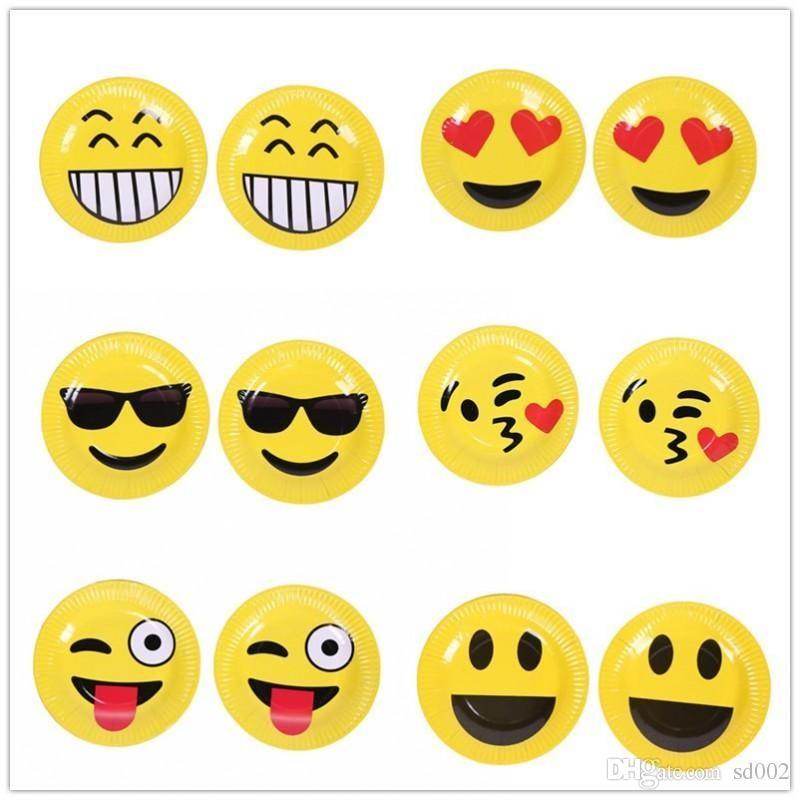 Mignon Emoji Papier Assiette Mignon Jaune Visage Souriant 7 Pouces Gâteau Disque De Mariage Fête D Anniversaire Fournitures Vaisselle Jetable 1 8sh