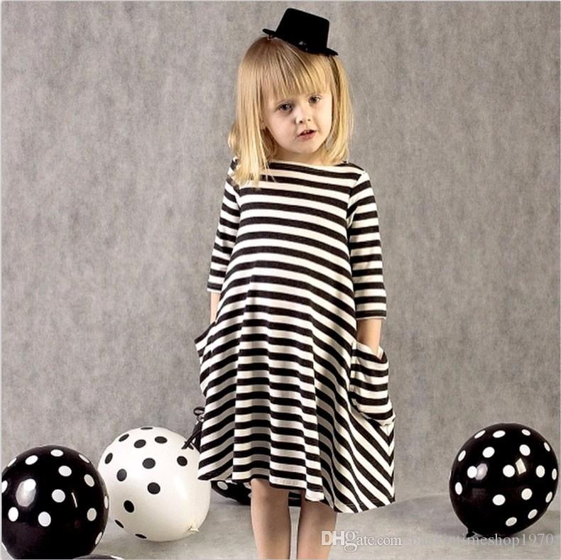 Fashion Mom and Kids Couple Look Stripe Family Matching Outfits Baby Girls Clothes Dress Mother Daughter Children Dress Clothing