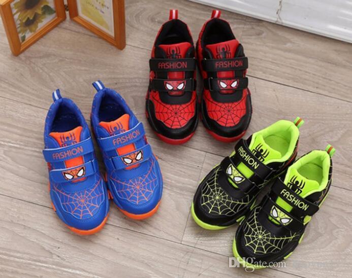 78e3d6b71 Compre 2018 Primavera Otoño Niñas Niños Zapatillas De Deporte Casuales  Zapatos De Dibujos Animados Para Niños Niños Pu Zapatos De Cuero Al Por  Mayor ...