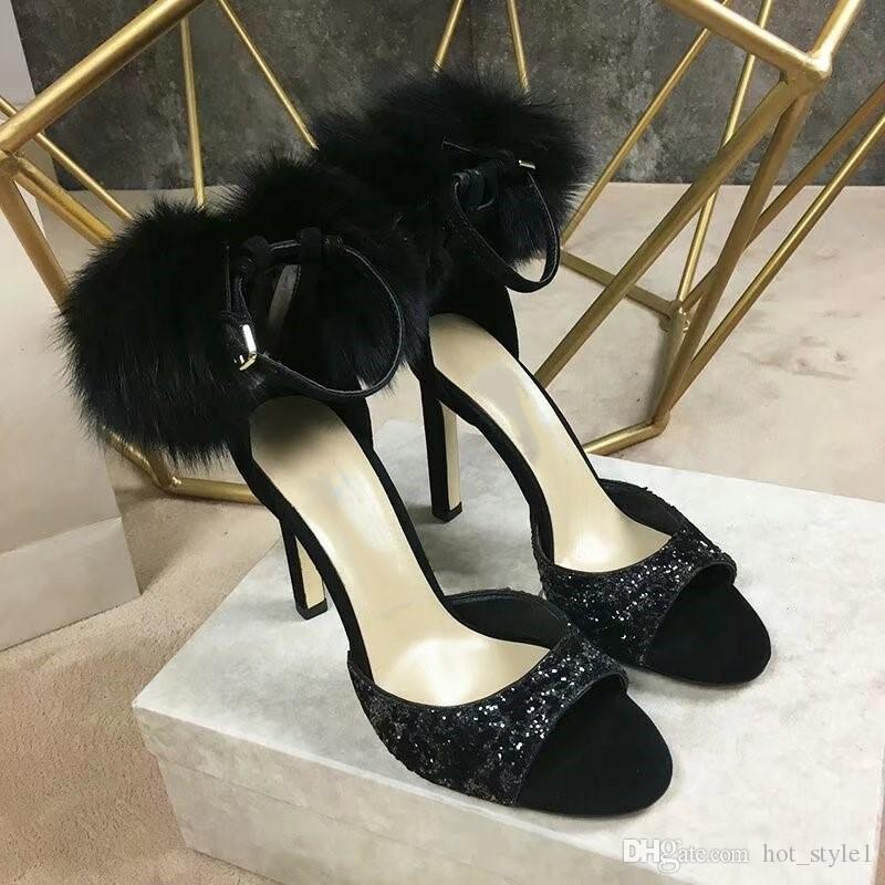 Beliebte Frauen Mode spitzen Zehen-Absatz-Mädchen-Sommer-reizvolle Stilett Heels Sandaletten Femal Super High Heels Hairball Chunky Heel High Heel