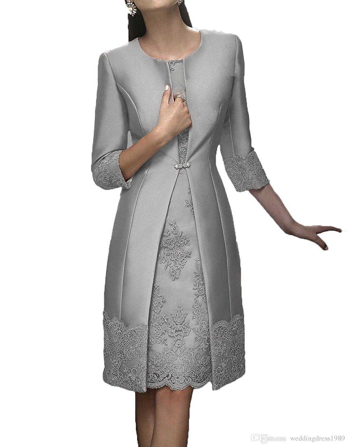 Elegante Bainha Curta Mãe Formal Wear Com Jaqueta de Noite de Cetim Rendas Vestido de Festa de Casamento Convidado 2018 Mãe Do Vestido Da Noiva Terno Vestidos