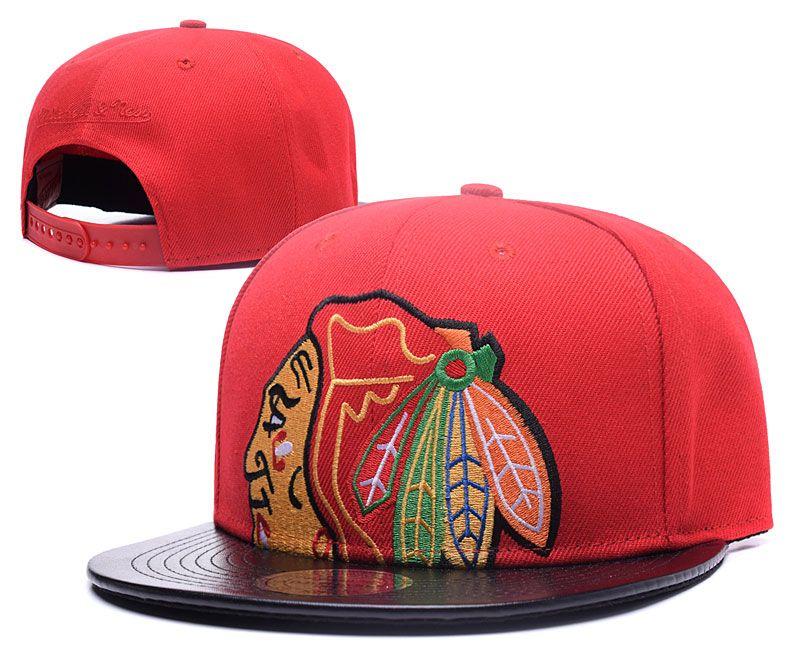 6ac64df1acf Men S Leather Visor Chicago Blackhawks Snapback Hat Logo Embroidery Sport  NHL Adjustable Ice Hockey Caps Flat Brim Baseball Hats Trucker Hats Flexfit  From ...