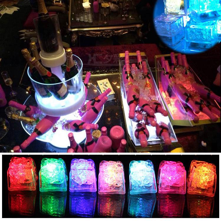 LED Cubos de Gelo Luzes Da Festa de Luz Noturna Lento Piscando 7 Mudança de Cor levou lâmpada de Cristal Cubo de Dia Dos Namorados Festa de Casamento luz Do Feriado