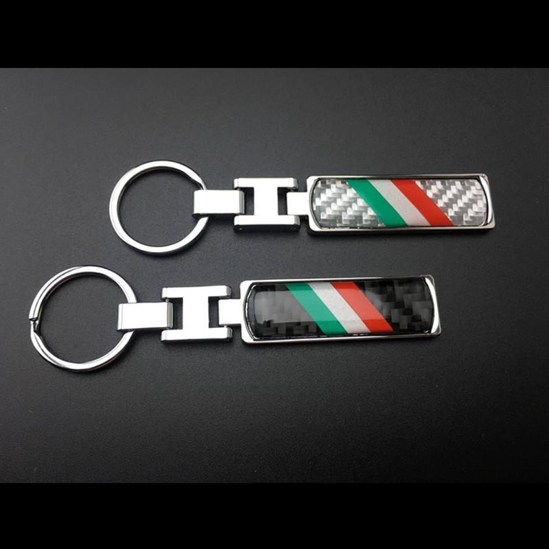Compre New Bandeira Italiana De Metal Fibra De Carbono Chave Keychain Da  Corrente De Fob Para Fiat Maserati Toyota Lamborghini Etc Alfa Romeo De ... ac784ca25df