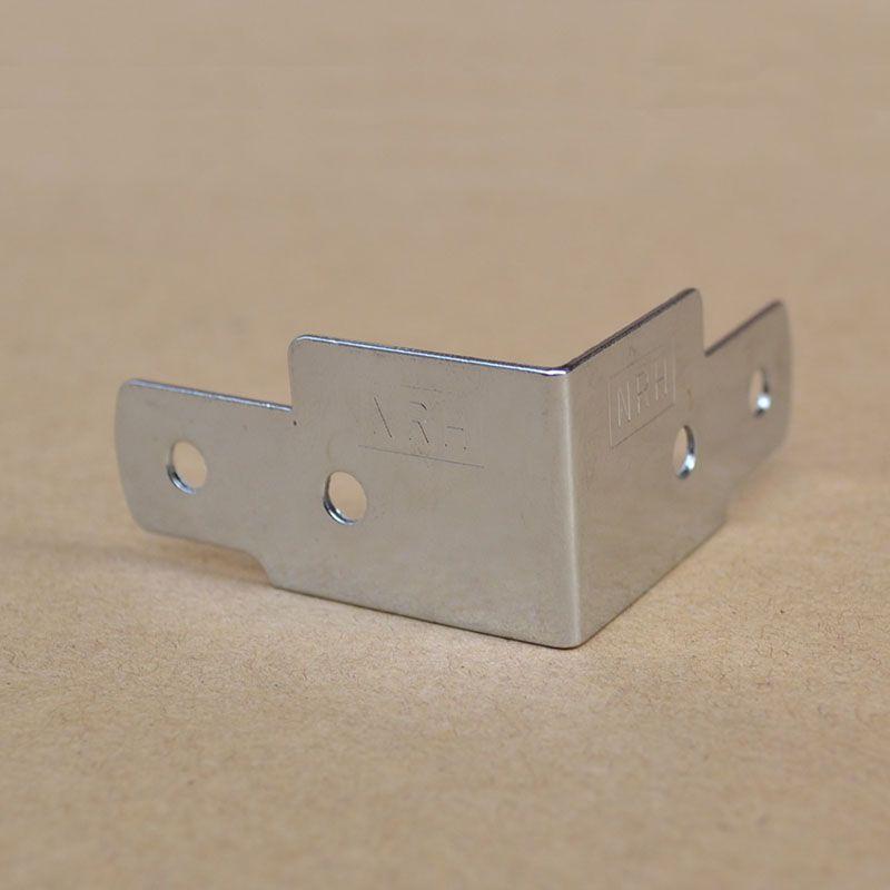 20 pics metal köşe parantez Bagaj çanta bölüm donanım airbox köşe kombinasyonu kutusu stereo köşe Mobilya köşeleri