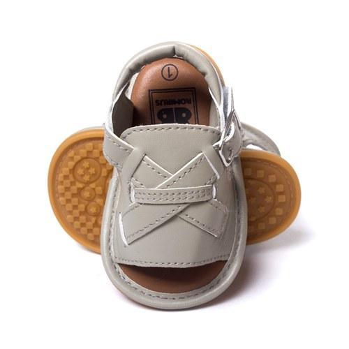 Acheter 2018 Enfants Chaussures De Mode En Cuir Sandales Bébé Glisser Sur  La Semelle En Caoutchouc Chaussures Tout Petit Promeneur Été Infantile  Garçons ... 410944a37376