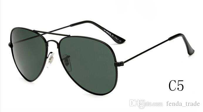 Beach Style HOT classic Designer di marca occhiali da sole polarizzati UV400 occhiali da sole donne Pilot occhiali da sole UV400 Eyewear Accessori i MOQ =