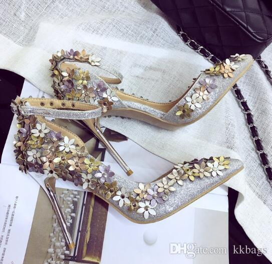 06302d5ef5 Sandali con cinturino alla caviglia con fiori sexy Sandali con tacco a  punta con cinturino alla caviglia Elegante sandalo con paillettes in  argento ...