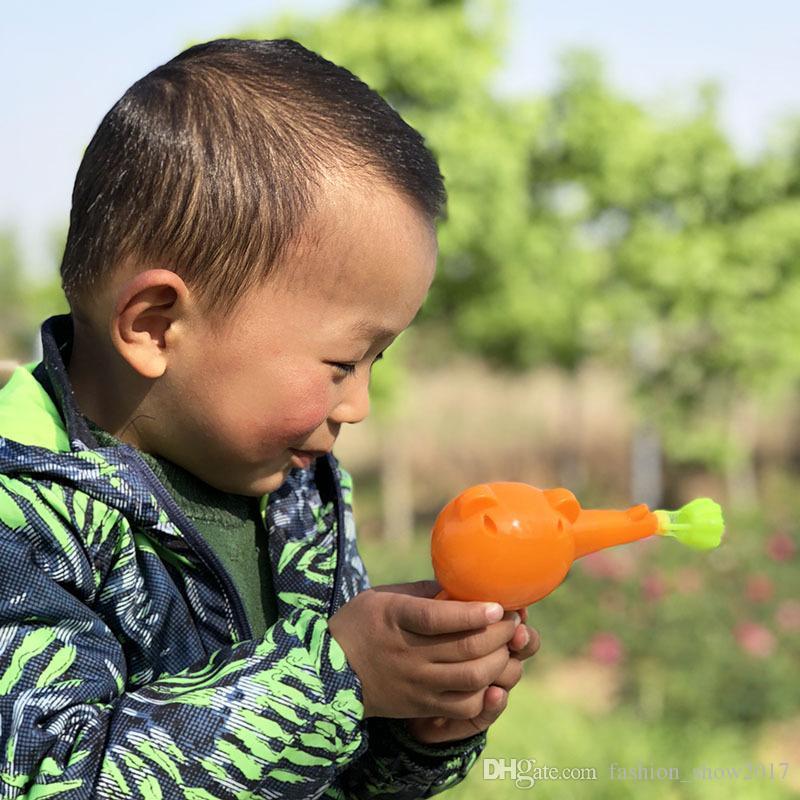 인기있는 야외 키즈 장난감 비누 불어 동물 버블 건 아동 만화 모델 플라스틱 장난감 아기 선물 다채로운 물총