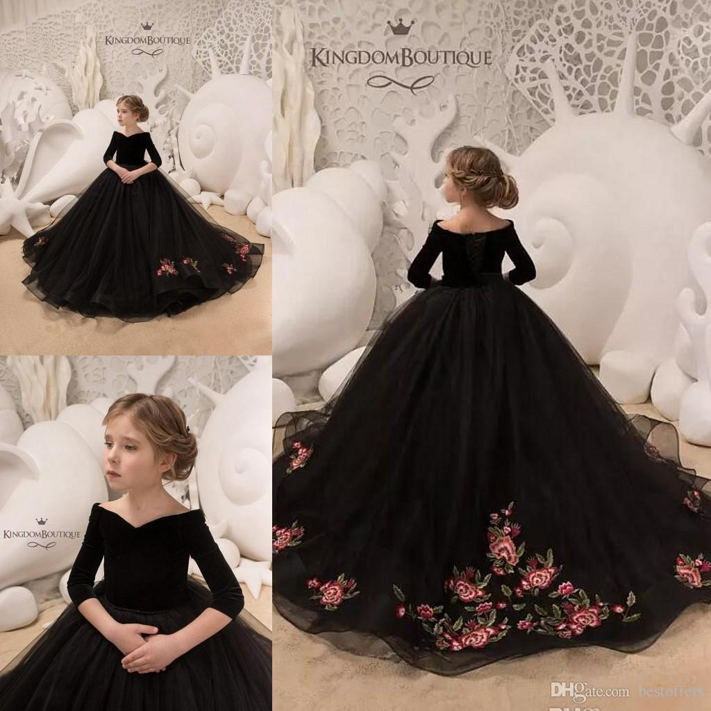 f4a9dce93 2018 Chic Black Flower Girl Dresses Off Shoulder Applique Ball Gown Half  Long Sleeve Girls Pageant Dress Custom Made Velet Tulle Girls Gowns Black  And Red ...
