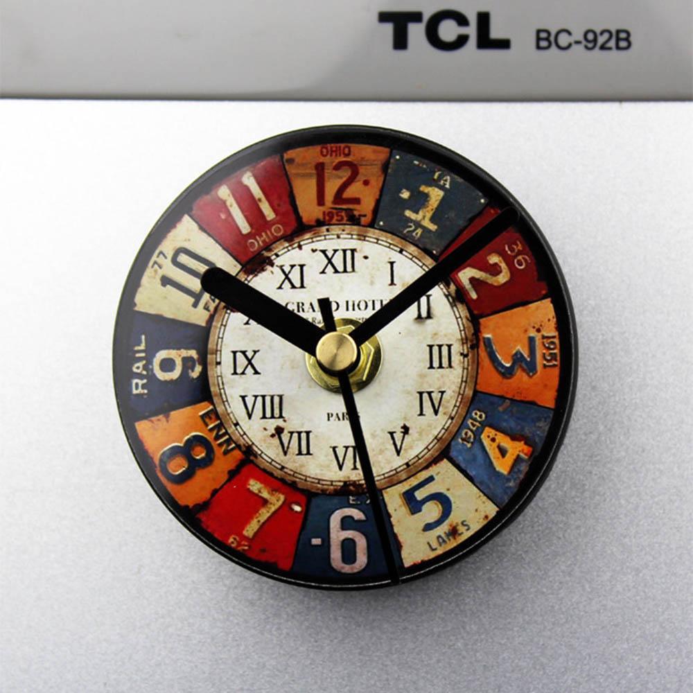 Satın Al Avrupa Retro Buzdolabı Saat Yaratıcı Kalay Boyama Mini Saat