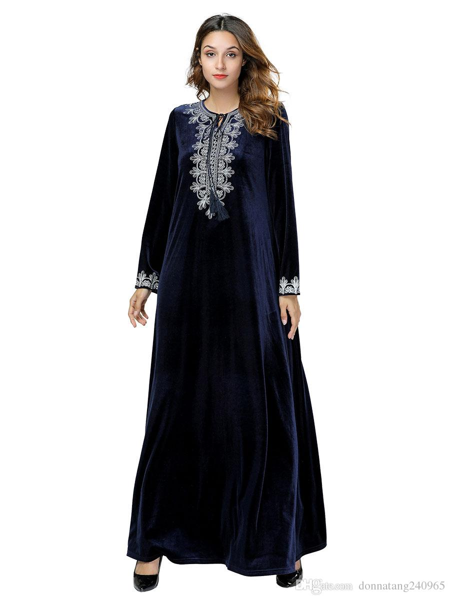 a9303b3fd4 Compre Vestido Islámico 2019 Perla Abaya Musulmán Kaftan Marroquí Túnica  Árabe Musulmane Terciopelo Manga Larga Turco Caftan Dubai Árabe 7428 A   20.11 Del ...