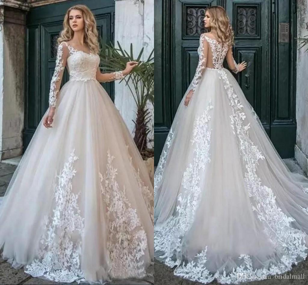 69b8ffe5102d Acquista Elegante 2019 A Line Lace Appliques Bohemien Abiti Da Sposa Con  Manica Lunga 2019 Sexy Scollo A V Abiti Da Sposa Formale Plus Size Vestido  De Noiva ...