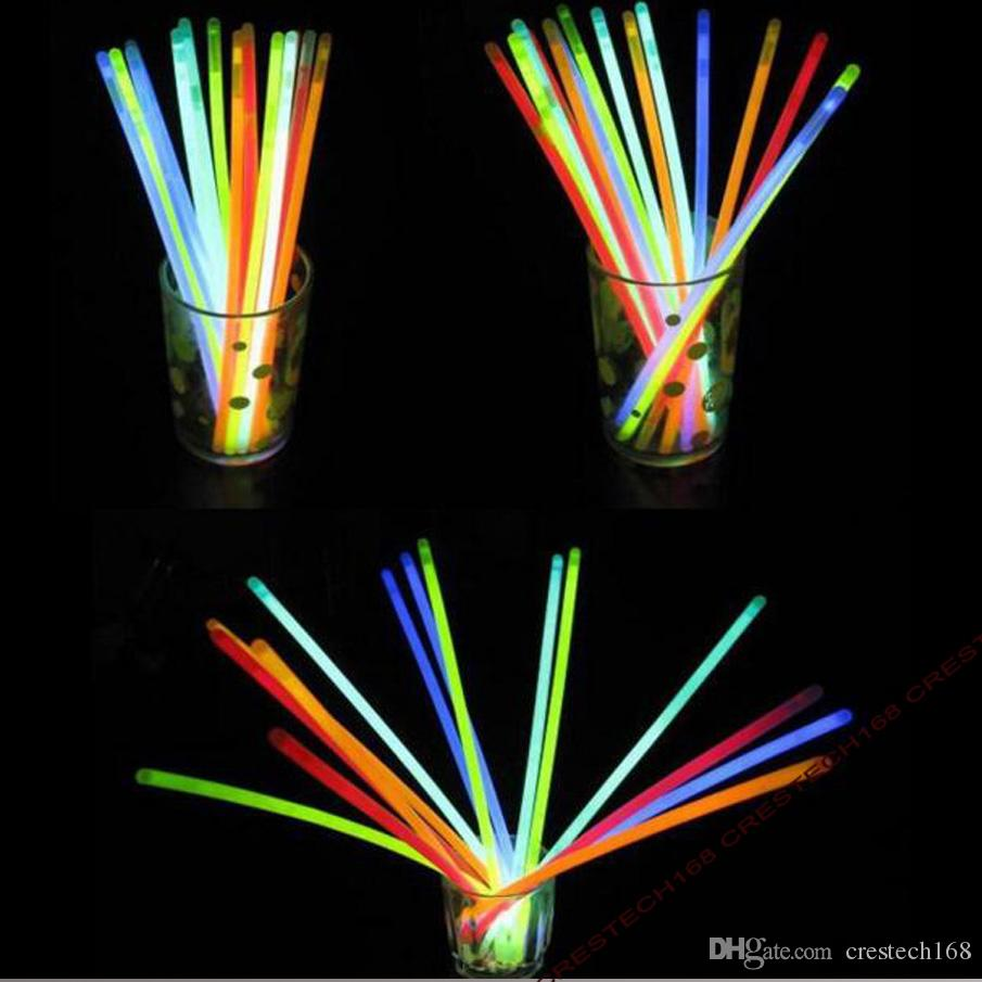 Bastoncini da festa da 200mm Glow Stick Bracelet Collane Neon Party LED Lampeggiante Sticks Bacchetta Novità giocattolo LED Vocal Concert LED Flash Sticks