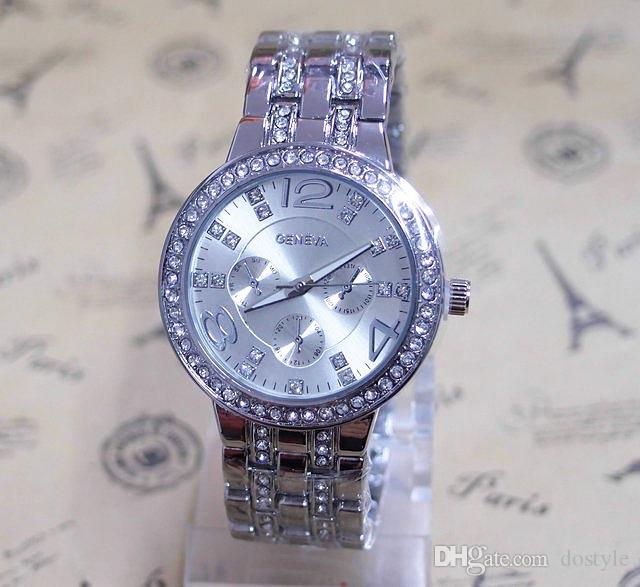 Geneva Luxury Silver Classic Round Crystal Ladies Watch.Quartz Reloj de pulsera Hombres Mujeres Reloj Mujeres Dress Watches Geneva Watch Crystals Full