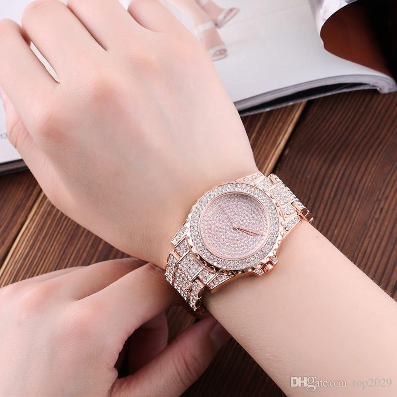 Women 's Luxury Diamond Watch Women Fashion Table Fountain Decorative Classic noble Luxury classic romantic diamond quartz gold strap watch