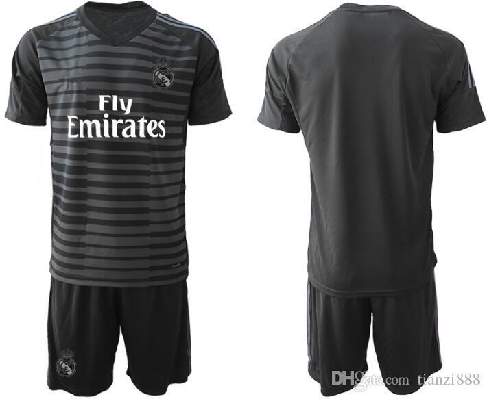 7b9ef6262f1 2019 New 1819 Real Madrid Goalkeeper Soccer Jersey Soccer Shirt 2018 MODRIC  ASENSIO ISCO KROOS Football Uniform From Tianzi888