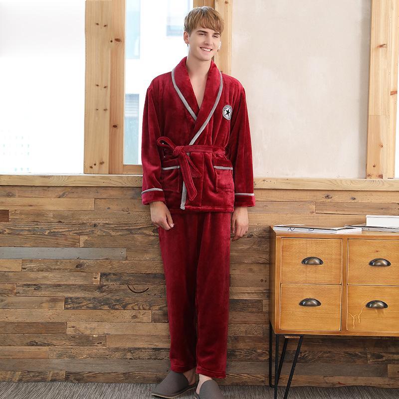 5d5a6f4c211 Compre Moda Hombre Pijamas Conjunto Nuevo Pijama Batas De Baño Hombre Batas  De Gran Tamaño Engrosamiento Otoño Invierno De Franela De Manga Larga Coral  ...