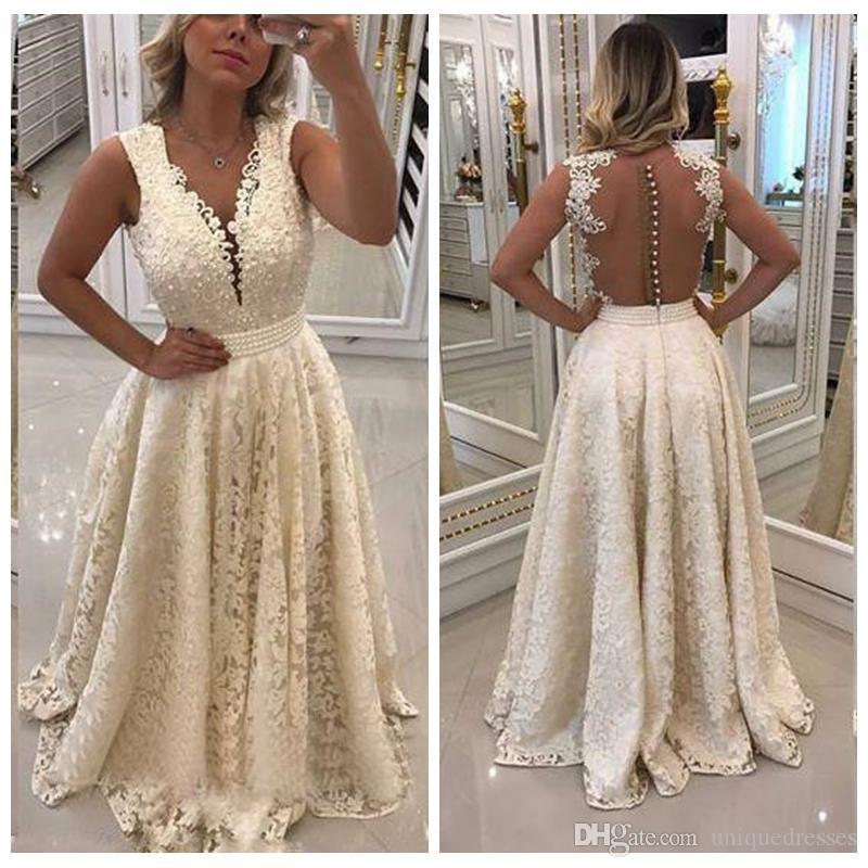 Elegantes vestidos de fiesta de encaje árabe Largo 2018 Apliques con cuello en V sexy Parte posterior transparente Una línea de perlas Faja Fiesta formal de noche Vestidos largos
