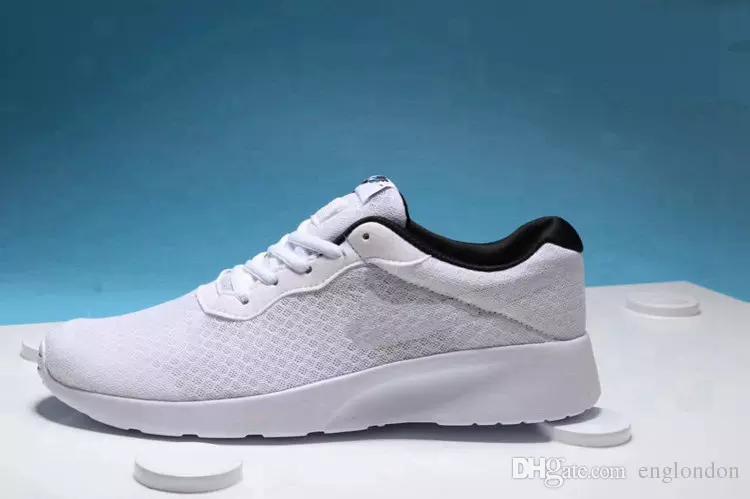 wholesale dealer 9e83c afadf Acheter 2017 Nike Tanjun N8AB Wholsale Casual Chaussures Designer Sneakers  Meilleur Chaussures De Luxe Top Nouveau Sport Chaussures Hommes Femmes  Discount ...
