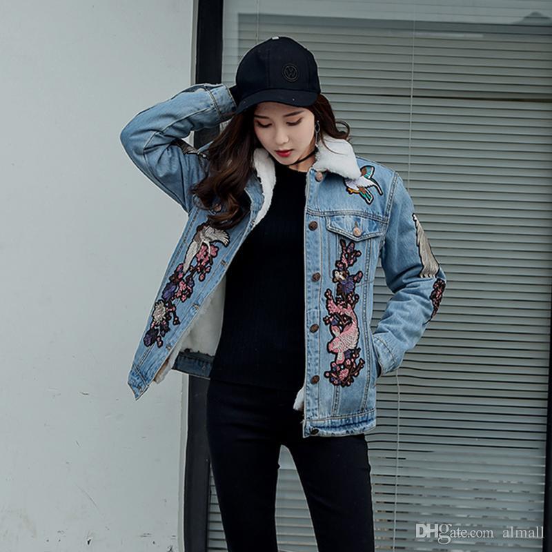 big sale 40350 cd105 2018 Jeans Jacke Damen Bomberjacke Blau Crane Blumenstickerei Jeansjacke  Mantel mit abnehmbarem Full Warm Lambswool Futter