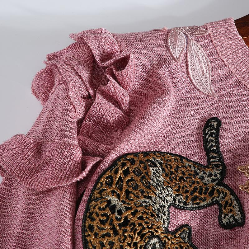 2018 Winter Christmas Animal Embroidery Pink Knitted Sweaters Pullovers Women Runway Design Ruffle Elegant Clothes Lady Jumper