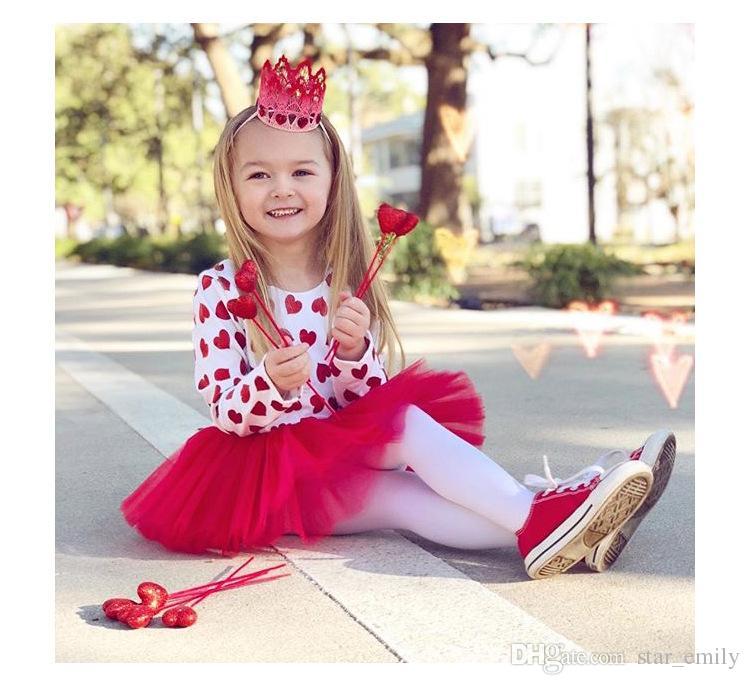 e5580fe06232 Satın Al Yeni 2018 Bahar Yaz Bebek Kız Romper Kırmızı Şeftali Kalp Prenses Tulum  Dantel Tutu Tulumlar Uzun Kollu Pamuklu Giysiler Tırmanın 515