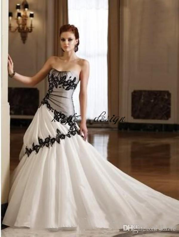 Vintage Gothic Country Wedding Dress Strapless Soft Sweetheart Neckline Black and White Bridal Gowns Appliques Corset Lace-up Back Train